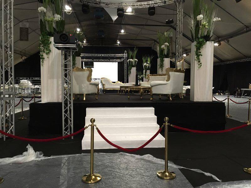 location de fauteuil et canapé baroque pour le coin vip lors de l'élection Miss France 2018 à Chateauroux.